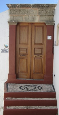 Lindos villa door, Lindos accommodation, traditional villas in Lindos